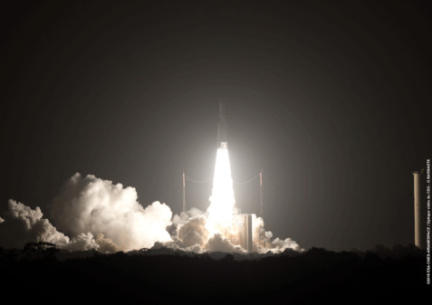 Eutelsat 65 West B takes to the skies