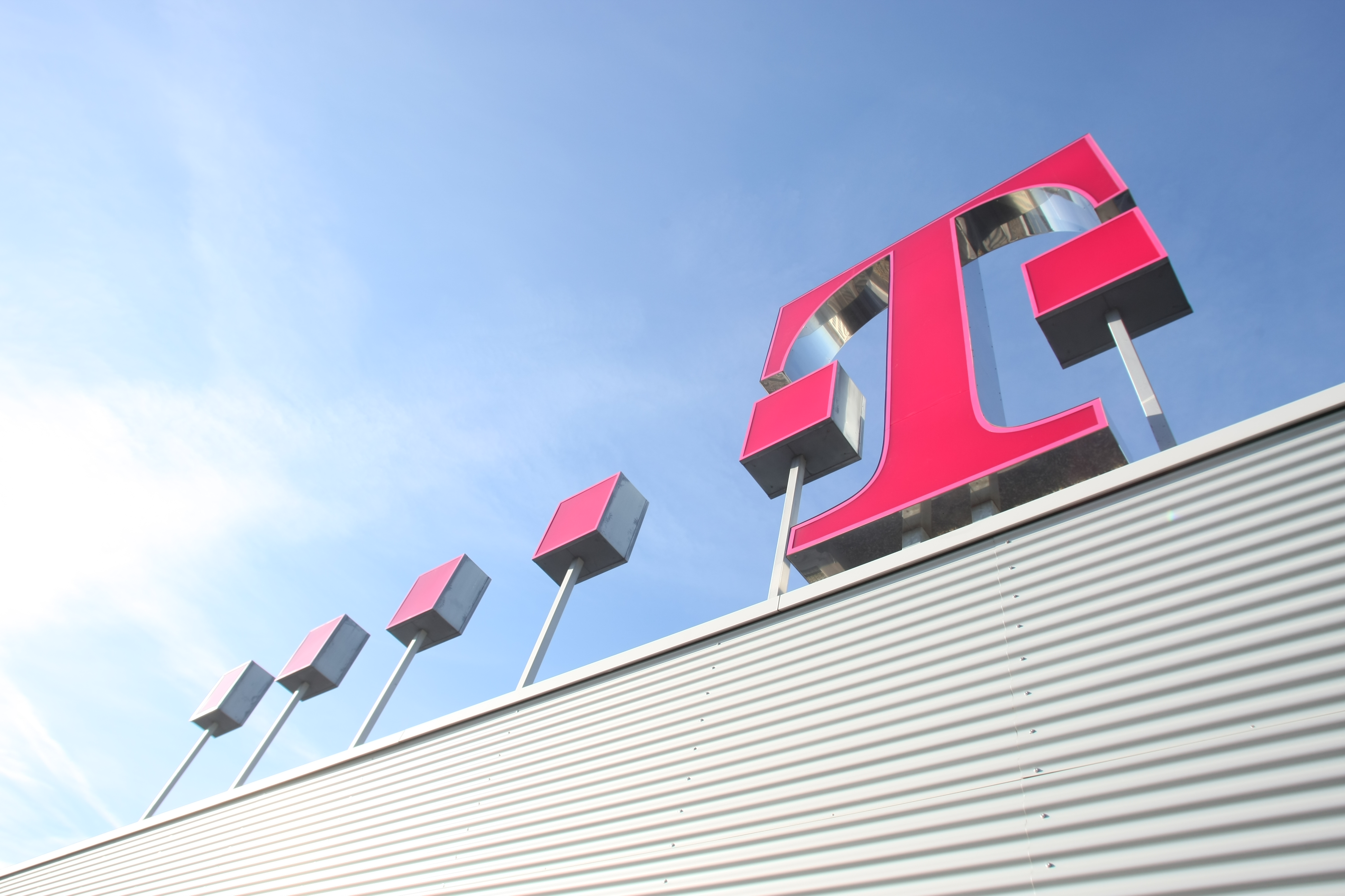 Deutsche Telekom TV numbers boosted by Digi Slovakia deal