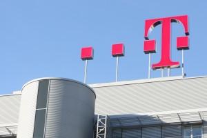 deutsche telekom-logo-roof