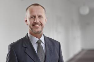Peter Lyhne Uhrenholt