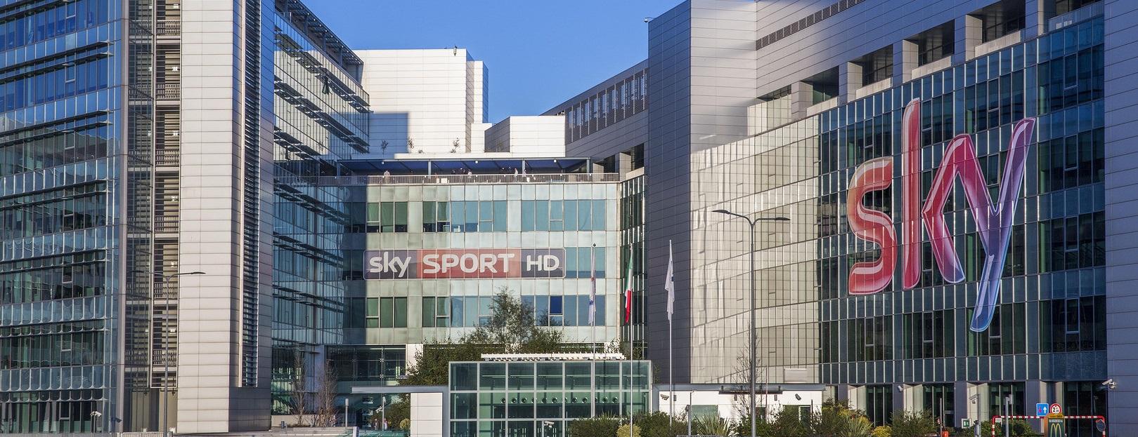 Sky Italia to cut workforce by 25%