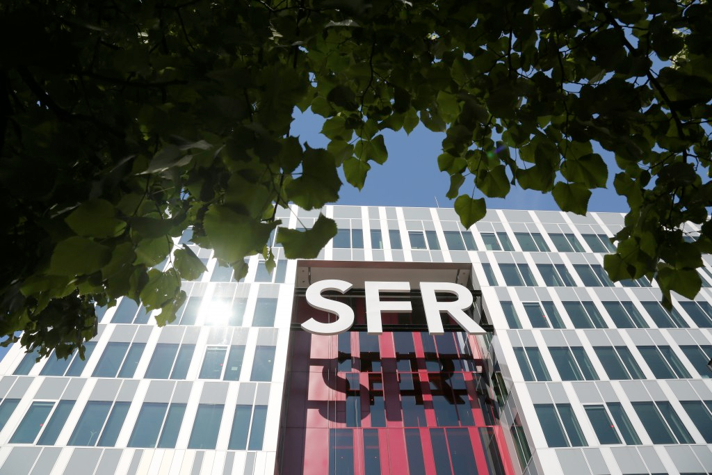 France's SFR sets out packages with Amazon Ligue 1 offering